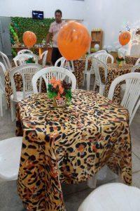 toalhas mesa plastico 10 200x300 - Toalhas Mesa Plástica