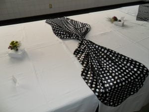 toalhas mesa plastico 6 300x225 - Toalhas Mesa Plástica