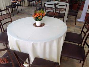 toalhas mesa rendonda 135 300x225 - Toalhas Mesa Redonda